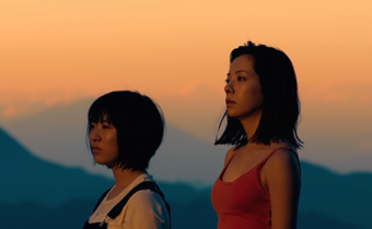 映画『真っ赤な星』小松未来/桜井ユキ