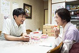 映画『母を亡くした時、僕は遺骨を食べたいと思った。』安田顕/倍賞美津子