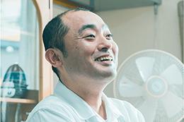 映画『こんな夜更けにバナナかよ 愛しき実話』宇野祥平