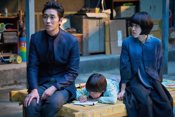 映画『神と共に 第二章:因と縁』チュ・ジフン/キム・ヒャンギ