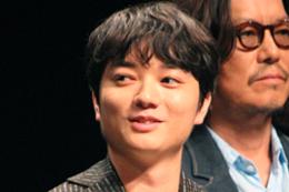 映画『パンク侍、斬られて候』完成披露舞台挨拶、染谷将太