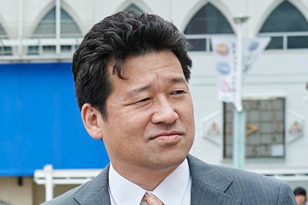 映画『宮本から君へ』佐藤二朗