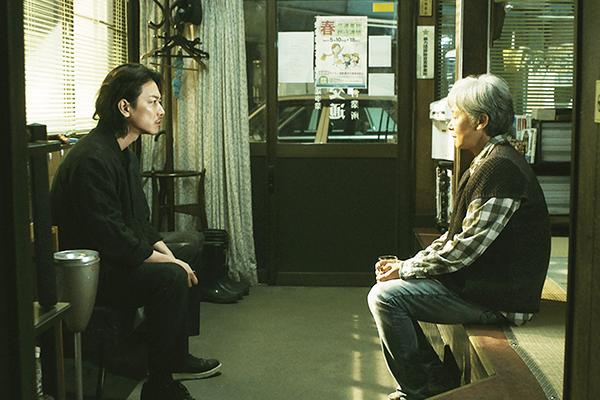 映画『ひとよ』佐藤健/田中裕子