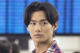 映画『22年目の告白ー私が殺人犯ですー』野村周平