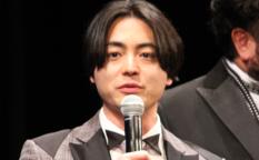 映画『50回目のファーストキス』完成披露試写会舞台挨拶、山田孝之