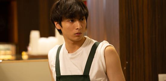 """映画『""""隠れビッチ""""やってました。』小関裕太"""