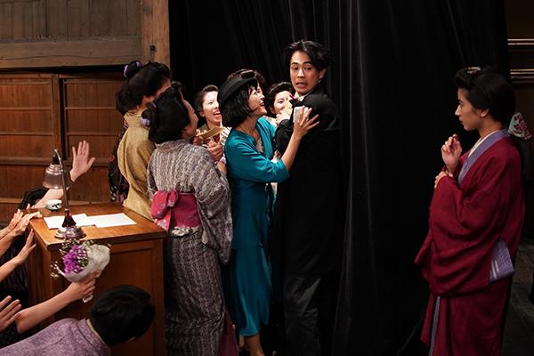 映画『カツベン!』成田凌/黒島結菜