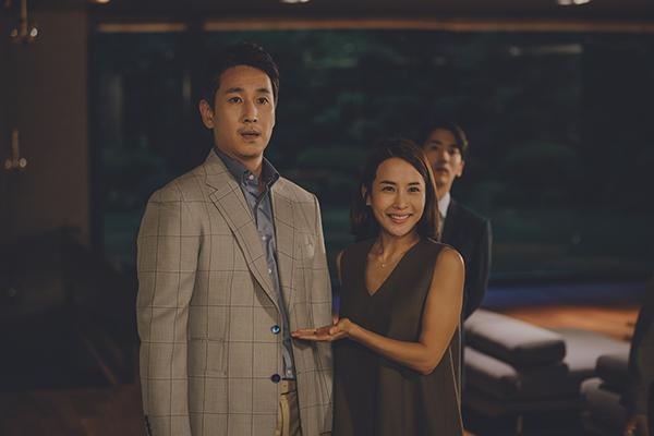 映画『パラサイト 半地下の家族』イ・ソンギュン/チョ・ヨジョン