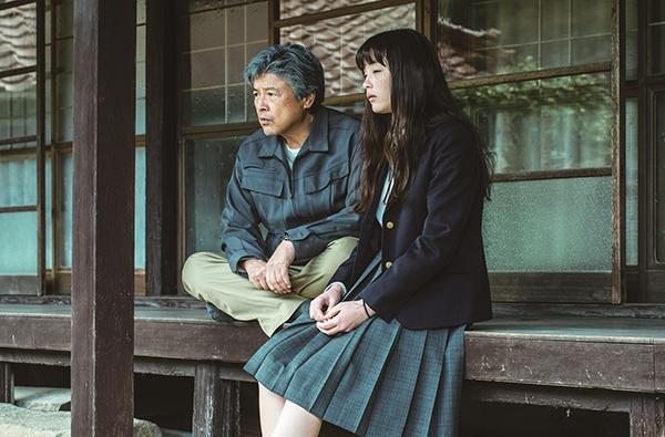 映画『風の電話』モトーラ世理奈/三浦友和