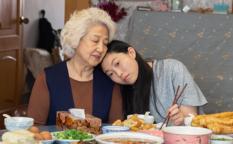映画『フェアウェル』オークワフィナ/チャオ・シュウチェン