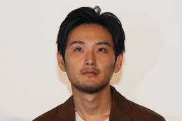 映画『まほろ駅前狂騒曲』完成披露舞台挨拶、松田龍平
