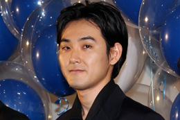 映画 『映画 夜空はいつでも最高密度の青色だ』完成披露舞台挨拶、松田龍平