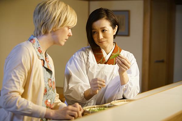 映画『食べる女』シャーロット・ケイト・フォックス /鈴木京香