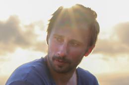 映画『胸騒ぎのシチリア』マティアス・スーナールツ