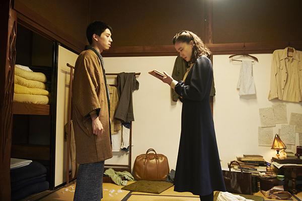 映画『スパイの妻』蒼井優/坂東龍汰