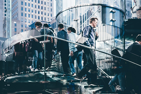ビジネス街イメージ写真:StockSnapによるPixabayからの画像