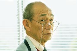 映画『空飛ぶタイヤ』笹野高史