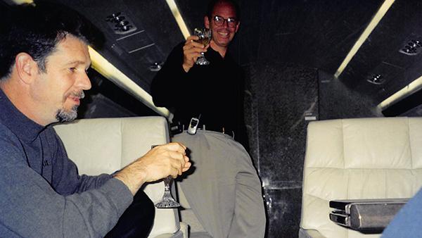 映画『NETFLIX/世界征服の野望』マーク・ランドルフ(NETFLIX元CEO、共同創設者)/ジョン・アンティオコ(元Blockbuster会長兼CEO)