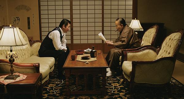 映画『日本沈没』浅野忠信/小林薫