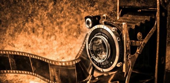 Pixabayによる写真:映画用カメラ(クラシック)イメージ