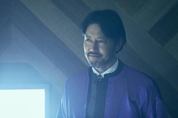 映画『さんかく窓の外側は夜』筒井道隆