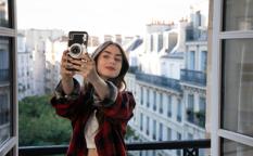 Netflixドラマ『エミリー、パリへ行く シーズン1』リリー・コリンズ