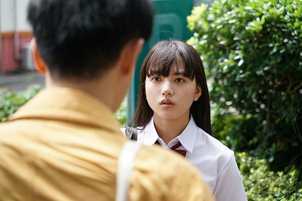 映画『まともじゃないのは君も一緒』清原果耶
