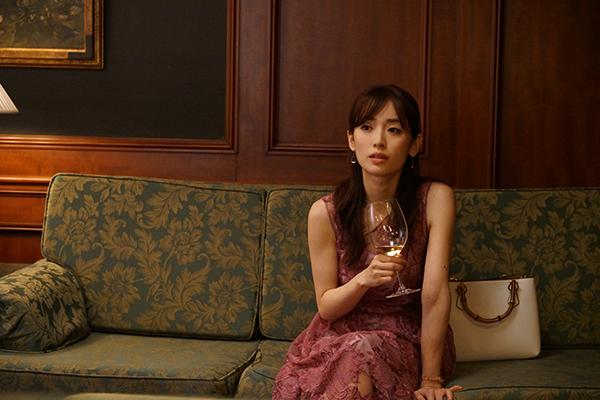 映画『まともじゃないのは君も一緒』泉里香