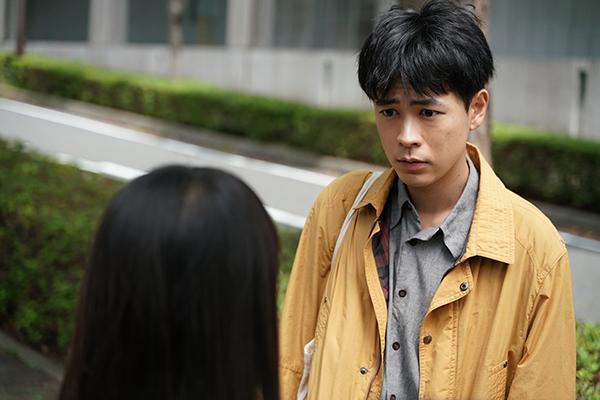 映画『まともじゃないのは君も一緒』成田凌