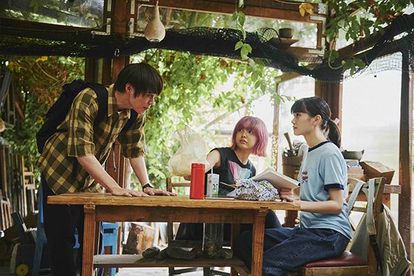 映画『青葉家のテーブル』栗林藍希/細田佳央太/上原実矩