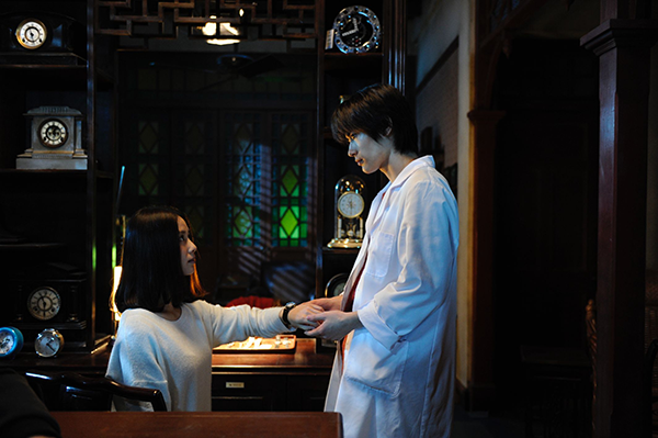 映画『真夜中の五分前』三浦春馬/リウ・シーシー(中国)
